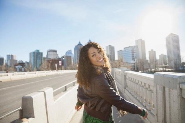 Sağlıklı Görünen Bir Cilt İçin Hiyalüronik Asidin Yararları