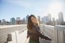 Sağlıklı Görünen Bir Cilt için Hiyalüronik Asitin Yararları